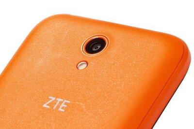 Смартфон ZTE Blade L110 Orange 7