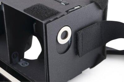 Очки виртуальной реальности Modecom FreeHANDS MC-G3DC 6